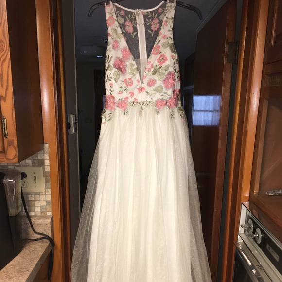 d15e4d574 jcpenney Dresses | White Lace With Flower Detail Prom Dress | Poshmark